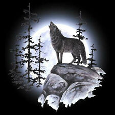 Lone Wolf Moon Glowing Wilderness Animal T-Shirt Tee