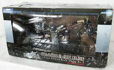 Final Fantasy VII Advent Children 1/8 Pre-Painted Resin Statue CLOUD & FENRIR