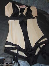 AGENT PROVOCATEUR IN GIFT BOX FANTASIA BRA 36B & SEXY ZIP FRONT LARGE BRIEF BNWT