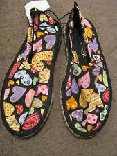 BNWT GIRLS BLACK & HEARTS CANVAS FLAT SHOES SIZE 8 11 12 13 14