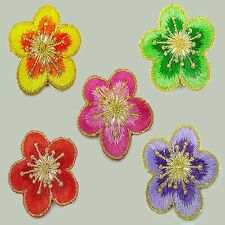 1 pcs Flower Embroidered Cloth Iron On Patch Applique #169