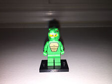 LEGO MINIFIGURE SERIES 5 LIZARD MAN #8805 WITH BLACK BASE DINOSAUR SUIT GODZILLA