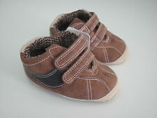 NEW MOTHERCARE BABY BOY BROWN TRAINERS SLIP ON VELCRO PRAM SHOES INFANT SIZE 1