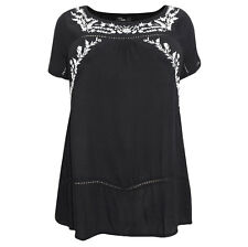 Plus Size Inspire Black & White Floral Folk Embroidered Tunic Smock Top