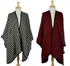 NWT!  Heavyweight Knit Cape Scarf Wrap Houndstooth Pattern