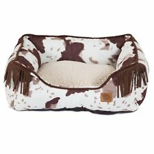 Mutt Nation Fueled by Miranda Lambert Lambswool Corner Fringe Cuddler Dog Bed