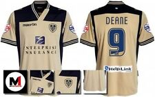*13 / 14 - MACRON ; LEEDS UTD AWAY SHIRT SS + ARM PATCHES / DEANE 9 = SIZE*