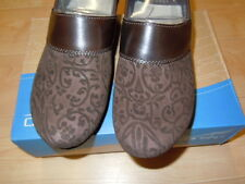 NEW IN BOX - WOMEN'S DANSKO PRIMA FLORAL LEATHER SHOES-BROWN-ASST SIZES $119.90