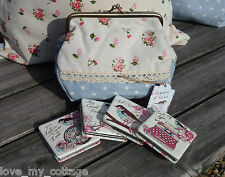 Shabby Chic Vintage Floral Posies Retro Makeup Bag and Compact Mirror GIFT SET