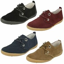 Ladies Down To Earth Flat Casual Shoes / Suede Leather / Lace Up