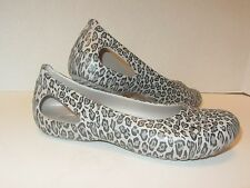 NEW Womens CROCS Kadee Ballet Flats Shoes SZ 5 6 Platinum & Graphite