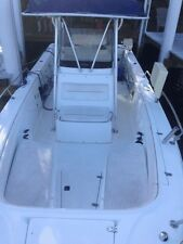 2000 26' Boston Whaler Outrage