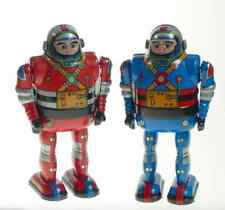 2 ASTRONAUTS CLOCKWORK RED & BLUE