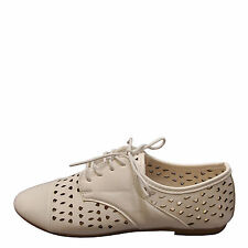 Bamboo Lynda 50A White Women's Perforated Casual Cap Toe Oxfords