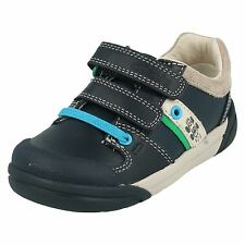 CLARKS LILFOLKCUB PRE LEATHER VELCRO FASTENING ROUND TOE CASUAL TRAINERS SHOES