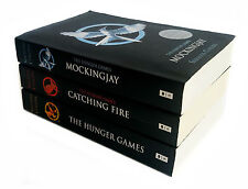 The Hunger Games Trilogy 3 Book Set Catching Fire /Mockingjay