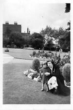 Vintage Old Photograph Black & White Photo Woman Mum And Daughter Girl Mother