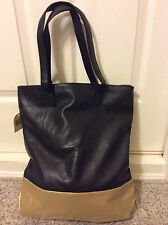 NWT GUESS BY MARCIANO BAG LEATHER SHOULDER BAG BEACH BLACK GOLD