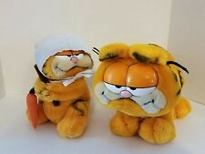 Vintage Garfield plush stuffed animal Dakin 1981 lot of 2