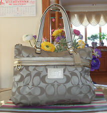 AUTHENTIC COACH KHAKI SIGNATURE POPPY OP ART GLAM TOTE/SHOPPER HANDBAG 13826