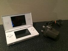 NINTENDO DS LITE CONSOLE POLAR WHITE HANDHELD SYSTEM TESTED WORKING DS LIGHT