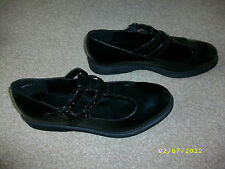 Ladies Black Patent Leather Flat Shoes Size 7 from New Look