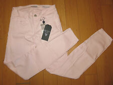 NWT Woman's Guess Brittney Skinny Ankle Jeans (Retail $98.00)