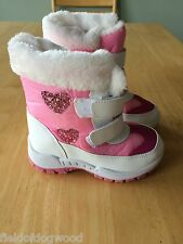 NWT Rugged Bear RB72193 Girls Snow Boots Pink White  SZ 1