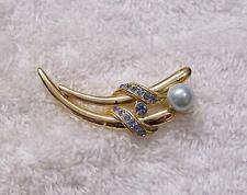 CLASSIC STYLE PIN BROOCH WHIMSICAL LINEAR DESIGN FAUX PEARL BLUE RHINESTONE DS6