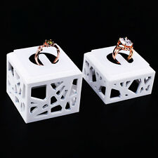 White acrylic Jewelry rings display stand store Show case Holder Organizer Rack
