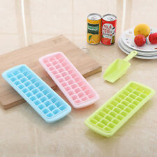 Ice Cube Trays-Ice Trays Set No-spill Cover Ice Scoop Ice Cube Bin Ice Cubes