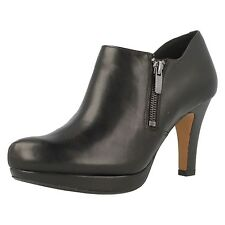 Ladies Clarks Amos Kendra Black Leather Smart Zip Up Shoe Boots
