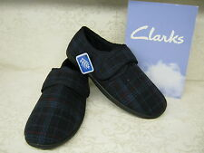 Clarks King Switch Navy Check Fabric Classic Velcro Slippers