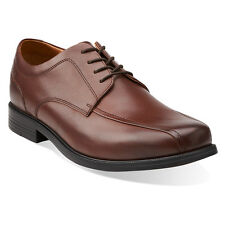 Clarks Beeston Stride Mens Leather Bicycle Toe Lace Up Dress Shoe 26103171 Brown
