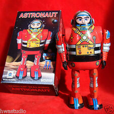 MS650 MECHANICAL ASTRONAUT SPARKY ROBBY ROBOT TIN TOY WIND UP YOSHIYA ROBOT