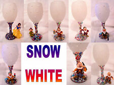 """Glitter & Pearl Decorative Wine Glasses With """"DISNEYS SNOW WHITE"""" Characters"""
