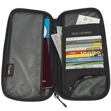 SEA TO SUMMIT Travelling Light Travel Wallet