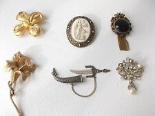 Lot of 6 vintage Brooch pins TRIFARI, Coro and unmarked