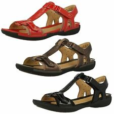 Clarks Unstructured Un Voshell Bronze, Black Or Red Leather Casual Sandals D Fit