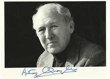 Anthony Quayle ' English Actor & Director '  Hand Signed B & W Photograph.