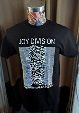 BRAND NEW WHITE JOY DIVISION UNKNOWN PLEASURES GRAPHIC ON BLACK ROCK T SHIRT