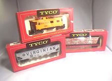 HO TYCO VARIOUS FREIGHT CARS UNUSED IN BOX    CLEARANCE SALE