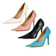 Ladies Court shoes with very pointed toe and high heel stiletto