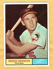 1961 Topps Baseball Brooks Robinson Card #10 NM Near Mint Well-Centered Crisp