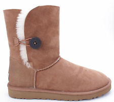 NIB Women's UGG BAILEY BUTTON  Size 7 CHESTNUT Boots - 5803