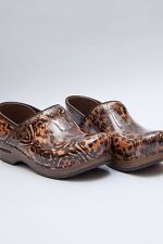 Dansko Professional Cheetah Patent leather CLOGS  Many Sizes To Choose NEW BOXED