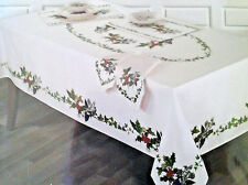 PORTMEIRION THE HOLLY AND IVY XMAS TABLECLOTH -ASST. SIZES OBLONG/OVAL/ROUND