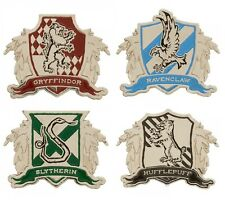 Harry Potter House Crest Lapel Pin - Gryffindor Slytherin Hufflepuff Ravenclaw