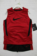NEW BOYS NIKE 2 PIECE SET RED BLACK SHIRT AND SHORTS SPORTS OUTFIT NWT $40