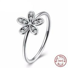 925 Sterling Silver Daisy Flower Ring With Clear CZ Crystals